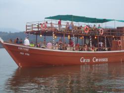 Cris Cruises