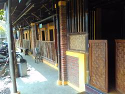 Warung Nayamul