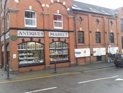 Stretton Antiques Market