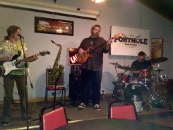 Port Hole Inn