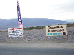 Signs on Hwy 190