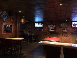 Meister's Bar & Pizza Kitchen