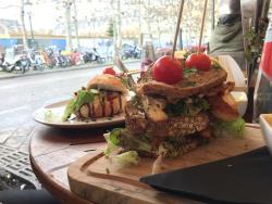 Cafe La Cloche