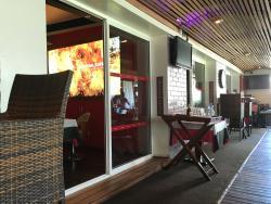 Dzama Cocktail Cafe