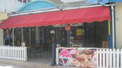 Restaurant and Bar (Harry's)