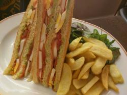 Angelina Paris @ Haussman Galeries Lafayette: omelette + salmon club sandwich