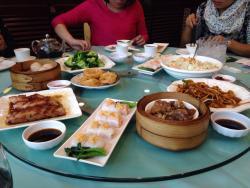 Hoi Wan Seafood Restaurant