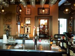 Hemingway's Wine and Cigar Bar