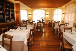 Hotel Iguarena