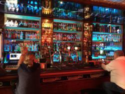 Monavale Pub