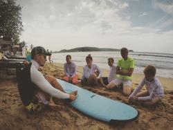 Surf Lanka Me Camp