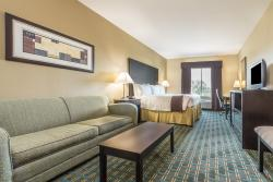 Days Inn & Suites Mineral Wells