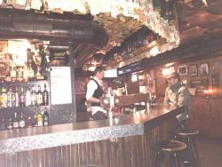 Barney Vallely's Irish Pub