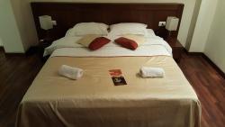 포에니치아 콤포르트 호텔