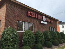Mike & Ed's Bar-B-Q