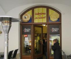 Good pastries, nice surroundings, bad interior and mediocre coffee