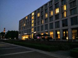 It 'd be highly recommended stay in Karlsruhe, but for inefficient air-conditioner and slow internet connection