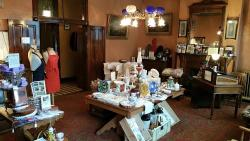 Our gift shop offers a variety of Hotel de Paris souvenirs, as well as vintage and antique items