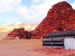 Great for one night under the desert starry sky, don't expect much 'luxury '