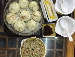 BeiJing GouBuLi BaoZi (Wangfujing Main Branch)