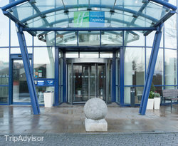 Entrance at the Holiday Inn Express London - Greenwich
