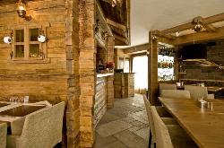Hotel Ristorante Bait De Angial