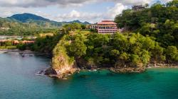 El Sabanero Beach Hotel