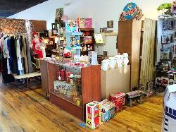 Retrospect Vintage Store