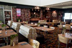 Dineon19 Restaurant