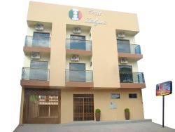 Hotel Italyan's