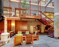 Hotel Crest Restaurant