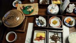 가족여행으로 선택한 료칸 좋았어요.
