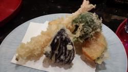 Kyodoku Sushi