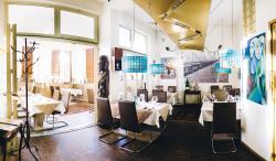 Restaurant & Weinbar GALERIA