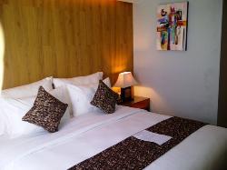Hotel ekonomis dekat dengan hiburan malam dan pantai seminyak