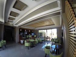 Manpiyaan Cafe