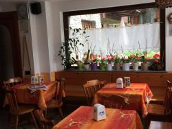 Hotel Ristorante Chez Lydia