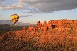 Hot air balloon ride over Sedona, Arizona at sunrise. Red Rock Balloon company. Fantastic trip. (171082821)