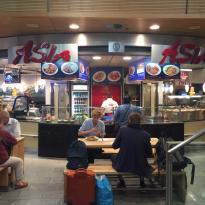 Asiatisches-Schnellrestaurant im Bahnhof MU