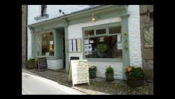 The Retreat Cafe & Tea Rooms