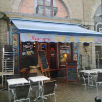 Le Café Du Théatre