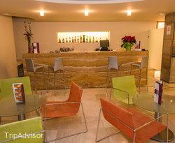 Cafeteria at the Macia Condor