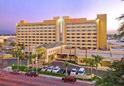 Bakersfield Marriott at the Convention Center