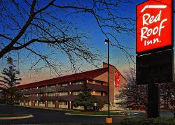 Red Roof Plus + Chicago - Schaumburg/Woodfield Mall