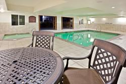 Holiday Inn Express Hotel & Suites Ontario