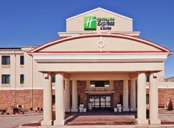 Holiday Inn Express Hotel & Suites Clovis