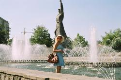 Monument Avrora