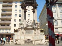 Vermahlungsbrunnen (Marriage Fountain)