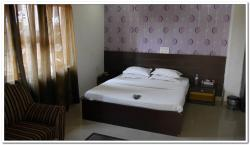 Hotel Sapna International