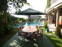Just outside my room (Pool wiew room)